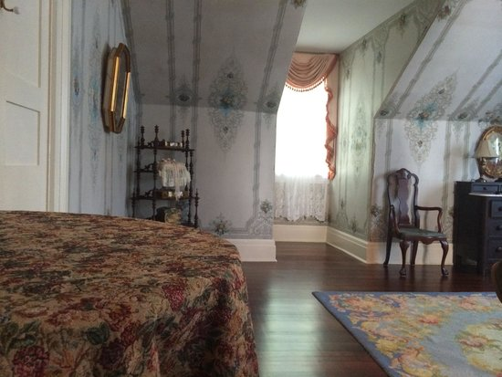 The Myrtles Plantation: Judge Clarke Woodruff Room