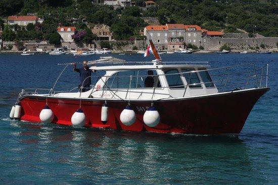 TUI SENSIMAR Kalamota Island Resort: hotel boat
