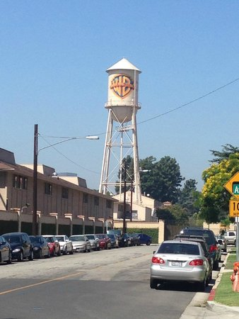 Warner Bros. Studio Tour Hollywood : The WB Water Tower