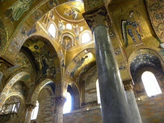 Santa Maria dell'Ammiraglio (La Martorana): Beautiful church
