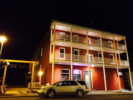 The Grill - Legendary King Edward Hotel : Historic Front