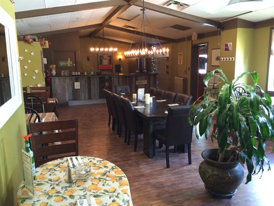 The Grill - Legendary King Edward Hotel : Inside