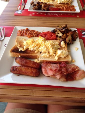 No Name Bar : English breakfast no name the best ��