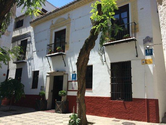Palacio de Santa Ines: Hotel front