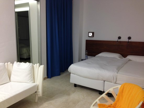 Tirreno Resort : Komfortable Betten