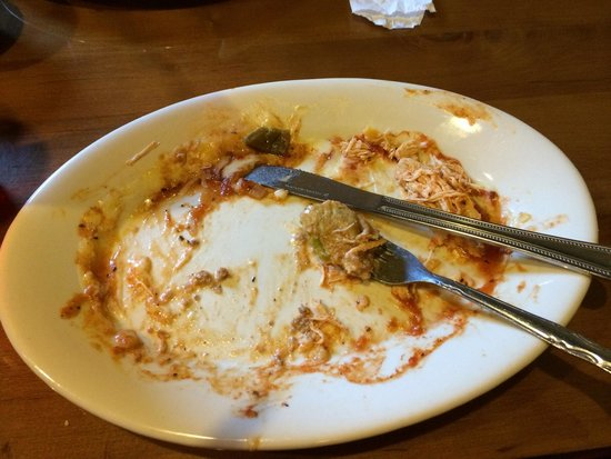 El Tejado Mexican Restaurant: All that's left of my dinner a sure sign it was delicious.