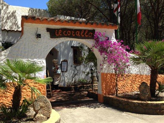 Tirreno Resort: Restaurant Corallo
