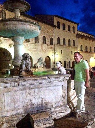 Piazza del Comune: Evening calm