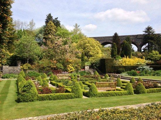 Kilver Court Gardens: Beautiful gardens at Kilver Court