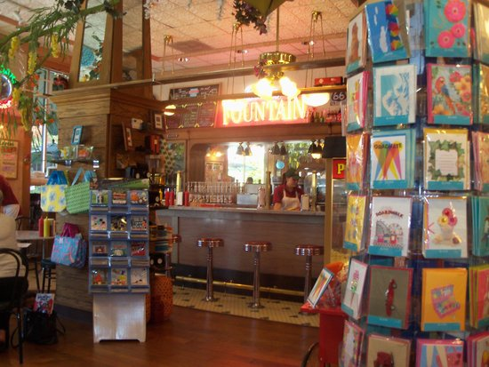 Fair Oaks Pharmacy & Soda Fountain : Fair Oaks Soda Fountain