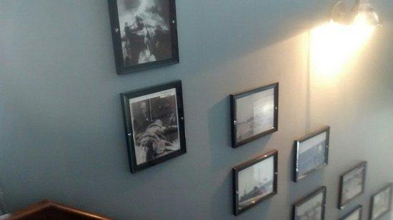 Crowsnest Pub : Historic photography