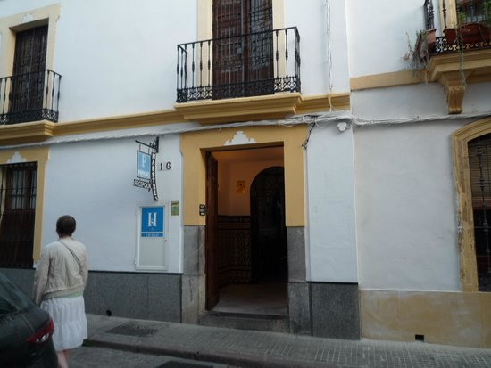 Maestre : 玄関