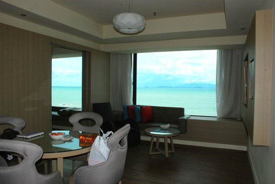 Four Points by Sheraton Penang: overall suite view