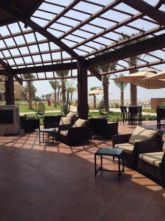 Rixos Bab Al Bahr: See and see bar. The best beach bar ever