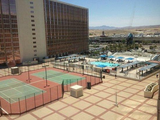 Aquarius Casino Resort: Pool/Tennis View