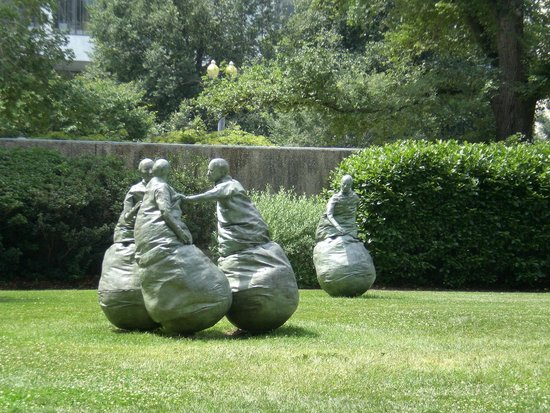 "Hirshhorn Museum and Sculpture Garden: ""Fighting"" Men Sculptures"