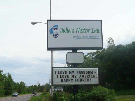 Julie's Motor Inn : Julie's