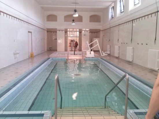 Széchenyi Baths and Pool : Piscina Termal