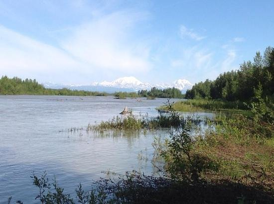 Susitna River Lodging: View of McKinley