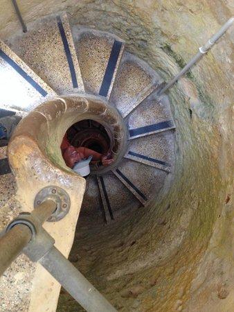 Xerri's Grotto: Stairs