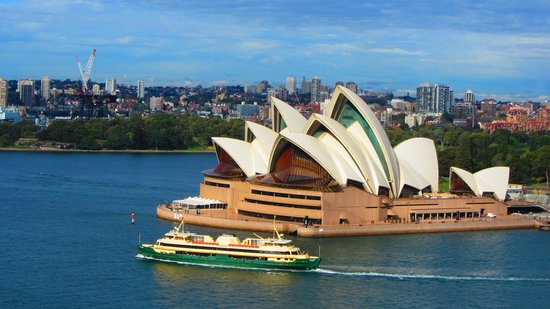 Sydney Opera House : View from the Sydney Harbour Bridge