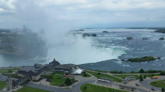 Niagara Falls Marriott Fallsview Hotel & Spa: The view from our room