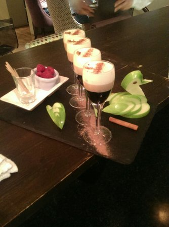 Downstairs Restaurant and Bar: 'Cheesecake' shots