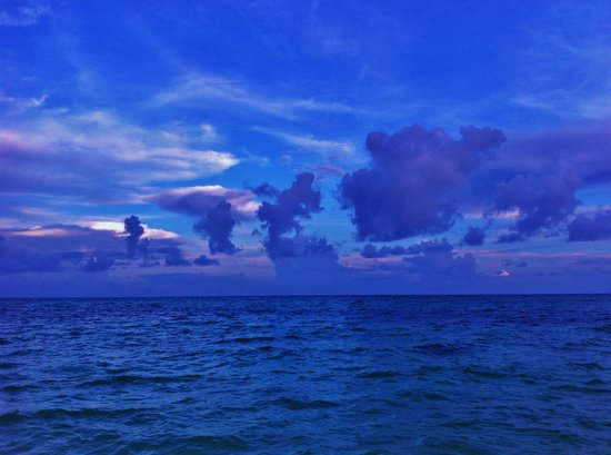 Grand Lucayan, Bahamas: The turquoise ocean