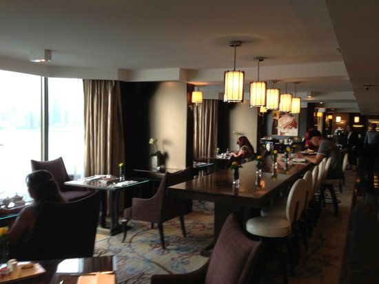 Kowloon Shangri-La Hong Kong: Horizon club