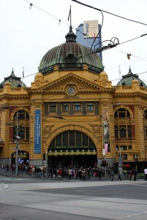 Flinders Street Station: Flinders St. Station
