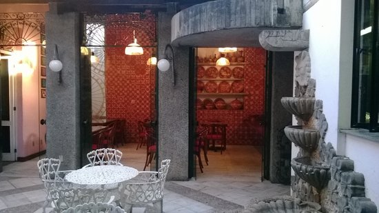 Hotel Catharina Paraguacu: Patio interior