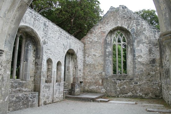 Muckross Abbey : Abandoned by not by God