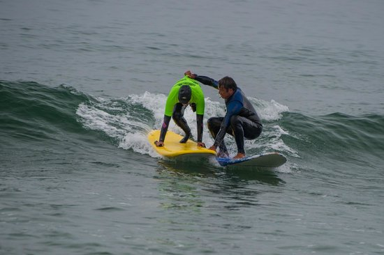 Van Curaza Surf School: Any Ability