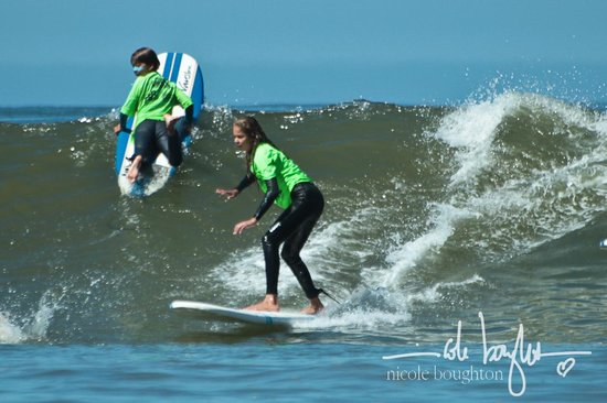 Van Curaza Surf School: Any Age!