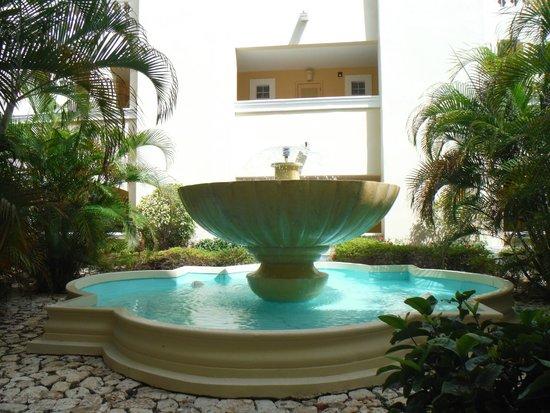 Iberostar Rose Hall Beach Hotel: level 2