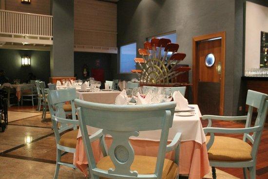 Iberostar Rose Hall Beach Hotel: Jambalya Cajun restaurant