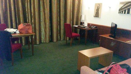 Feringapark Hotel: Studio Wohnbereich