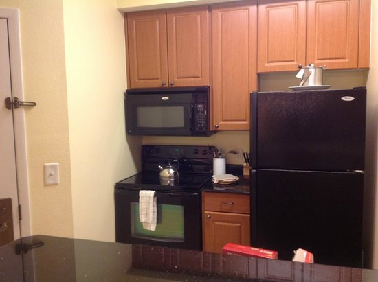 The Point Hotel & Suites: Kitchen