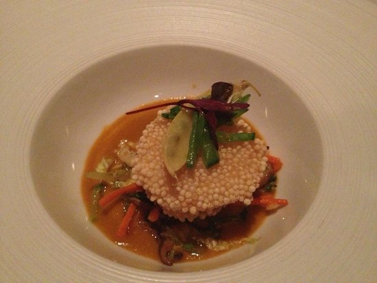 Victoria & Albert's : Masago Crusted Scallop with Coconut Curry Broth