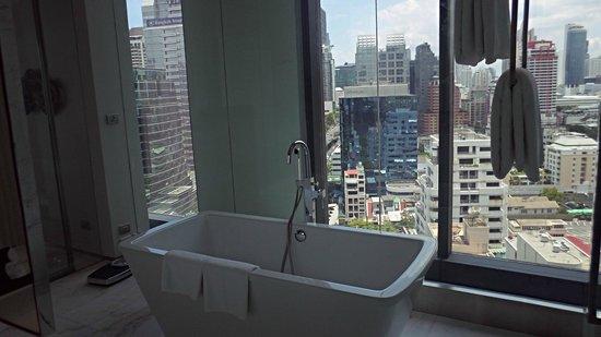 SO Sofitel Bangkok: bathroom