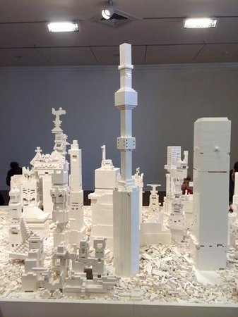 Dunedin Public Art Gallery: lego