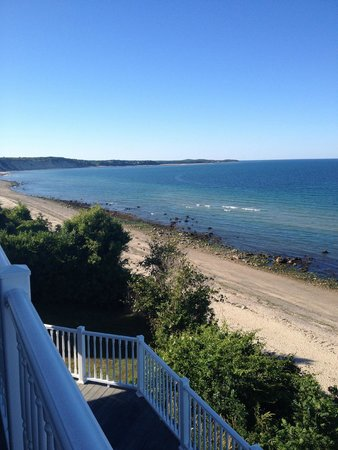 Sand Dollar B&B: View from the balcony off of the Sandbar room