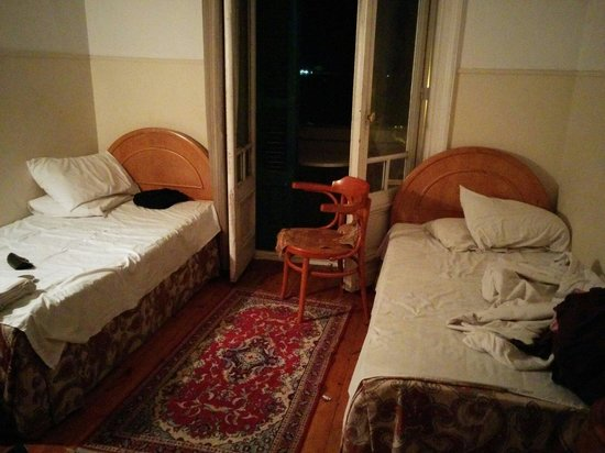 Philip House Hotel: Double room