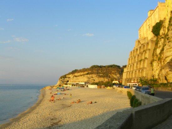 Tropea Beach: 3