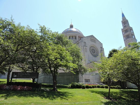 Basilica of the National Shrine of the Immaculate Conception: Outside view