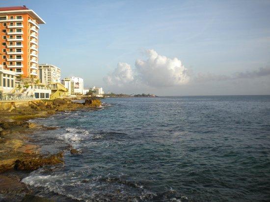 BEST WESTERN PLUS Condado Palm Inn & Suites: Condado Beach
