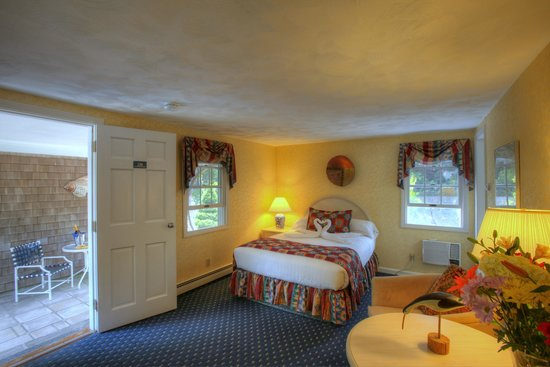 Pleasant Bay Village: One Double Bed Room