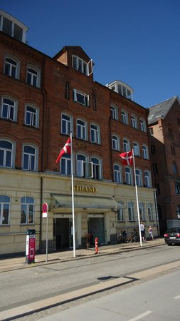 CopenHagen Strand: Front of Hotel