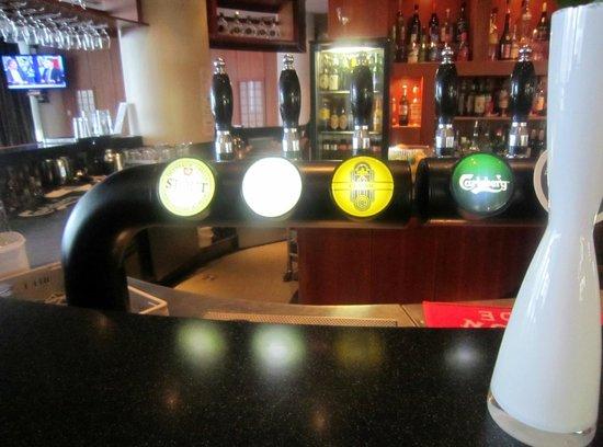 Radisson Blu Saga Hotel, Reykjavik: Bar: bartender was very good and informative regarding Iceland facts