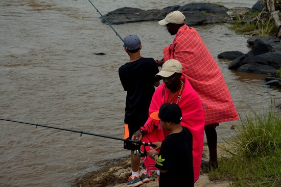 Serian: Fishing in the Mara River